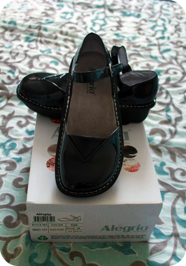 A cute pair of shoes sit on a shoe box. Alegria Shoes- Review!