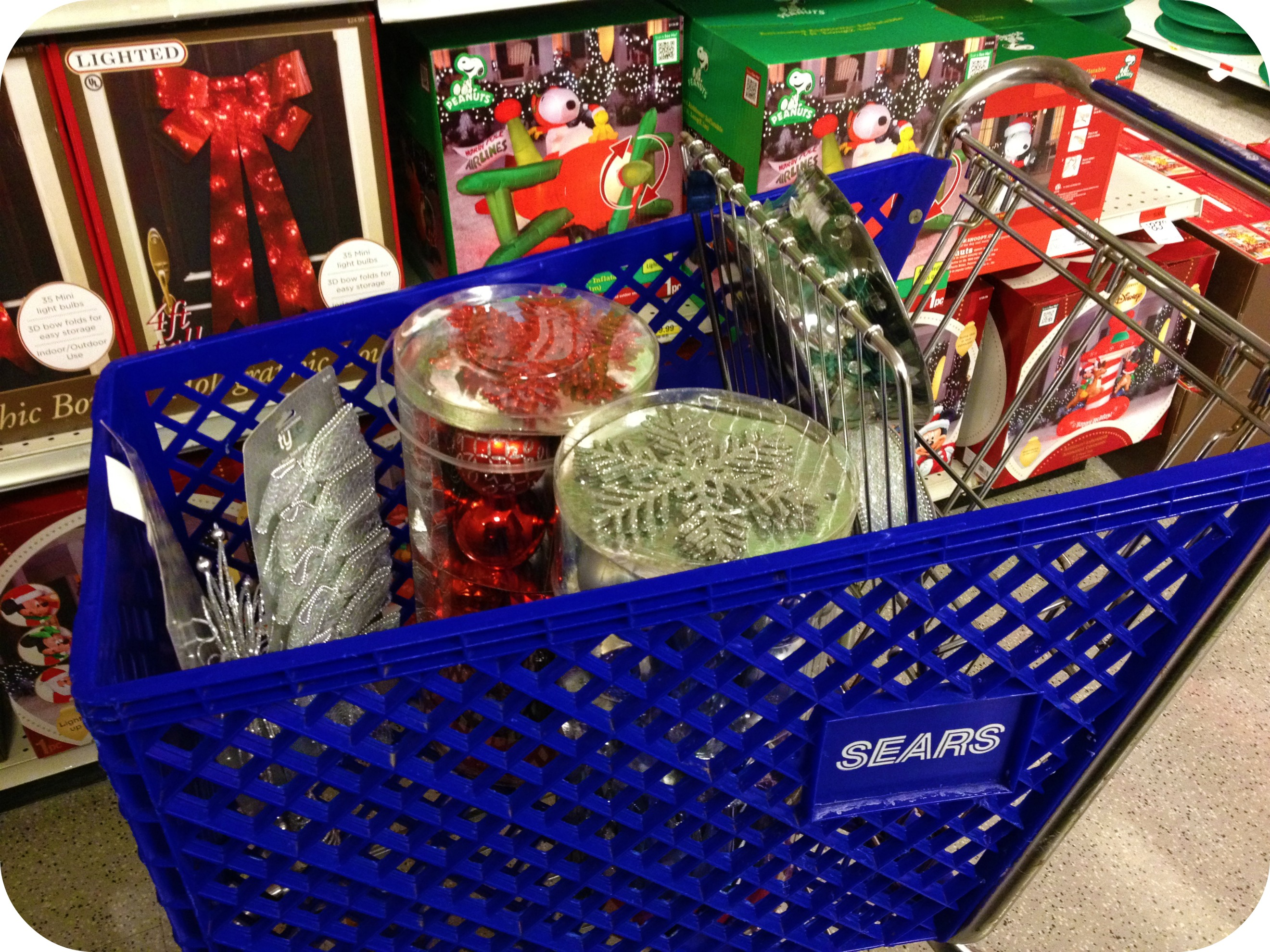 Tree Trimming: Sears Shopping Mission. #SearsRealCheers