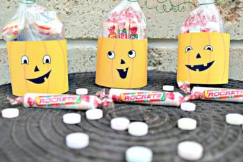 Easy and Silly Jack O'Lantern Rockets Halloween Treat Bags!
