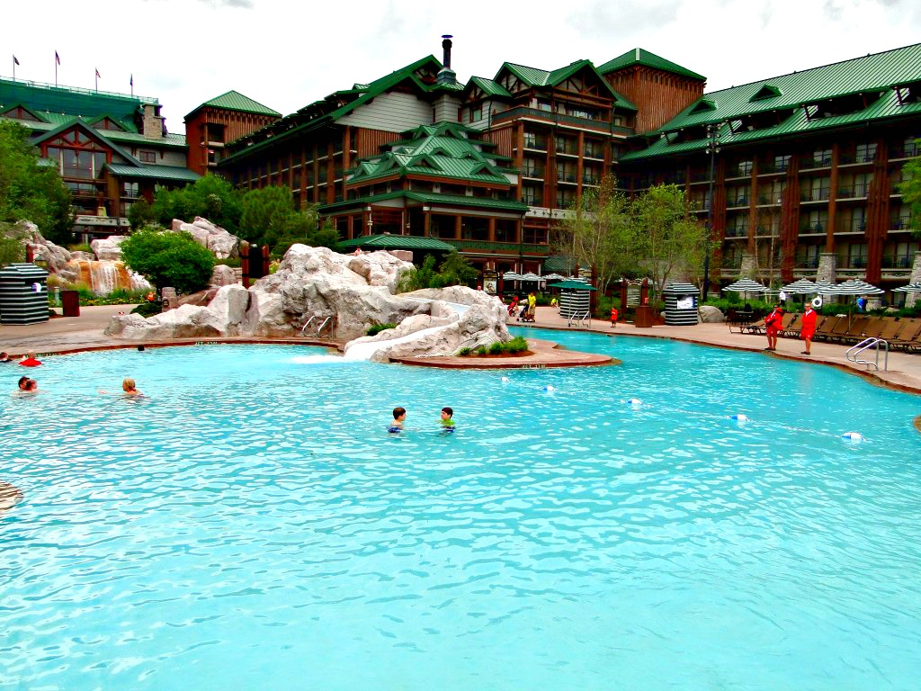 Wilderness-Lodge-15