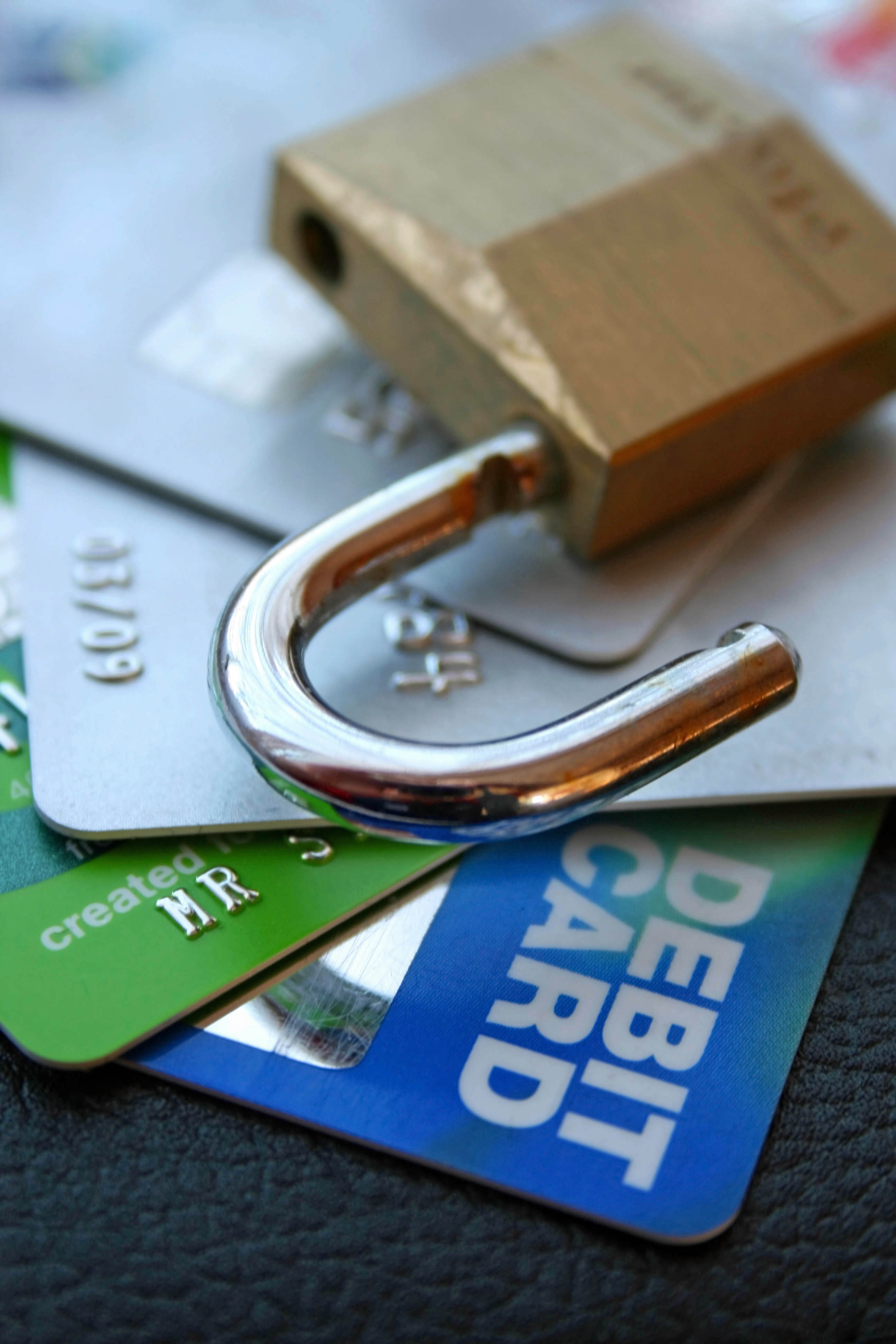 Managing Your Money: 4 Crucial Things You Should Know About Balance Transfer Credit Cards. #tips