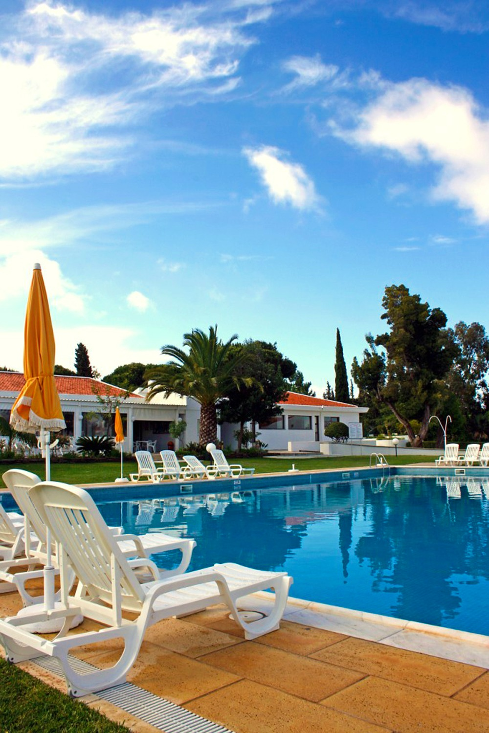Getting Last Minute Sunshine: Things to To Before Booking Late Holidays! #travel