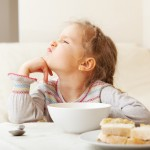 How to Introduce Healthy Foods to Your Picky Eaters. #parenting