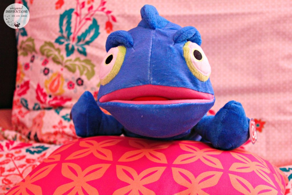 Cloud b: Charley the Chameleon Will Ease Your Child Into Sleep!
