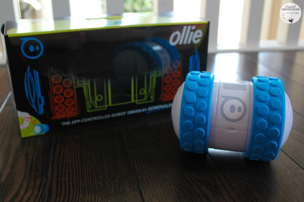 Ollie: The App-Controlled Robot That is Driven by Adrenaline! One of The HOTTEST Toys This Holiday Season! Enter to WIN One Now! #HolidayGiftGuide