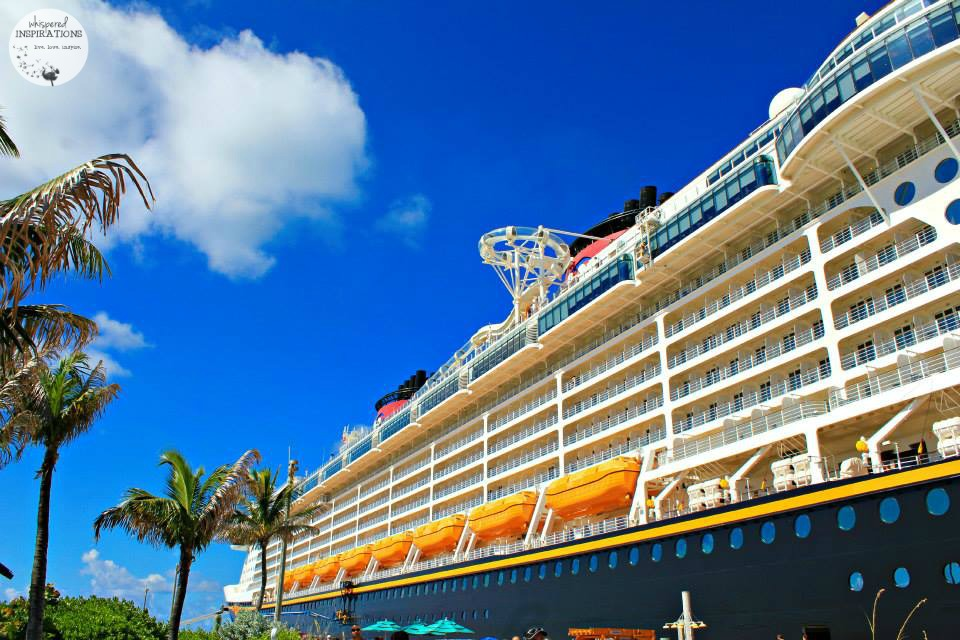 10 Must-Pack Items For Your Next Cruise. #travel