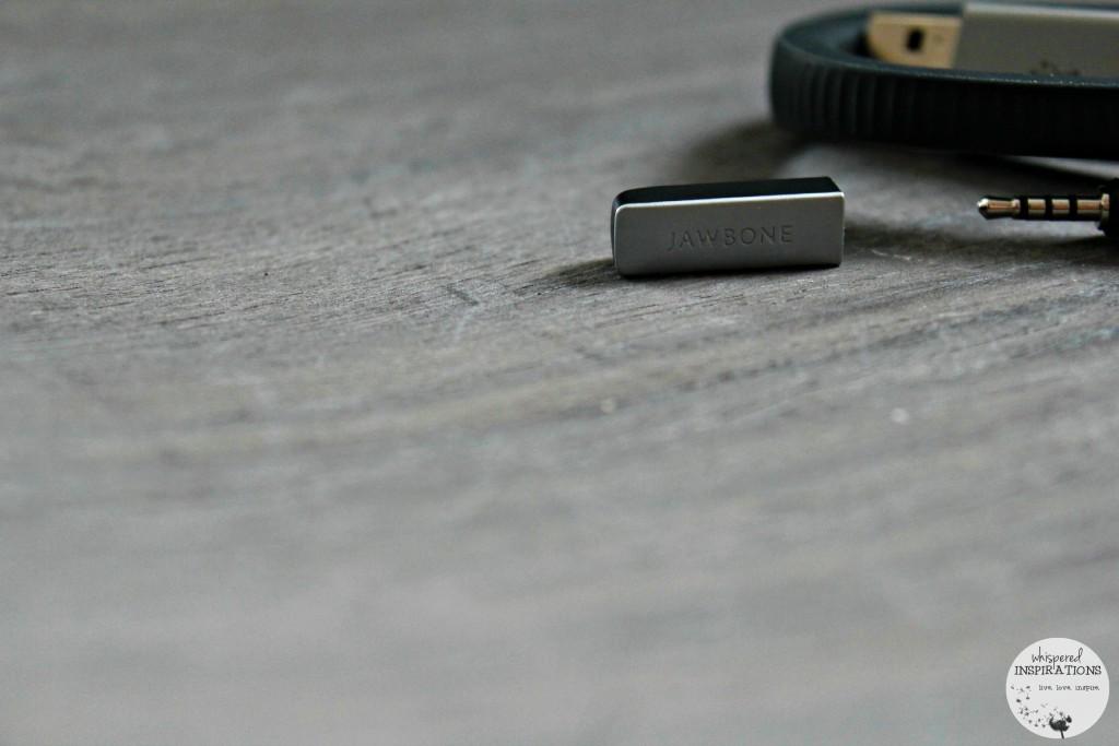Staples-Jawbone-UP24-02