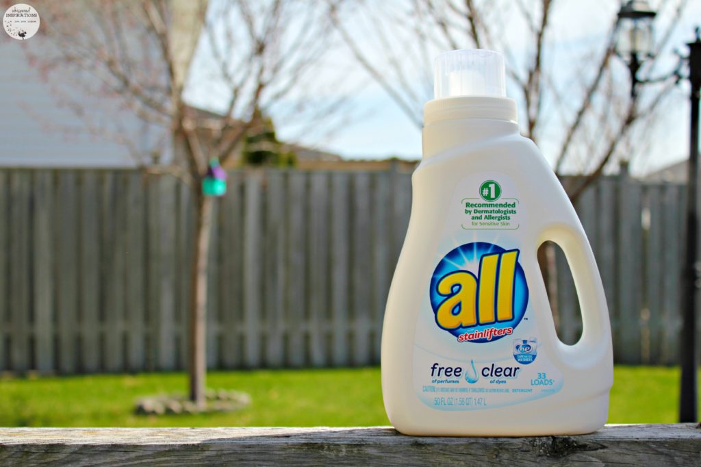 Be #FreeToBe with These 5 Laundry Hacks with all free clear Laundry Detergent! #tips