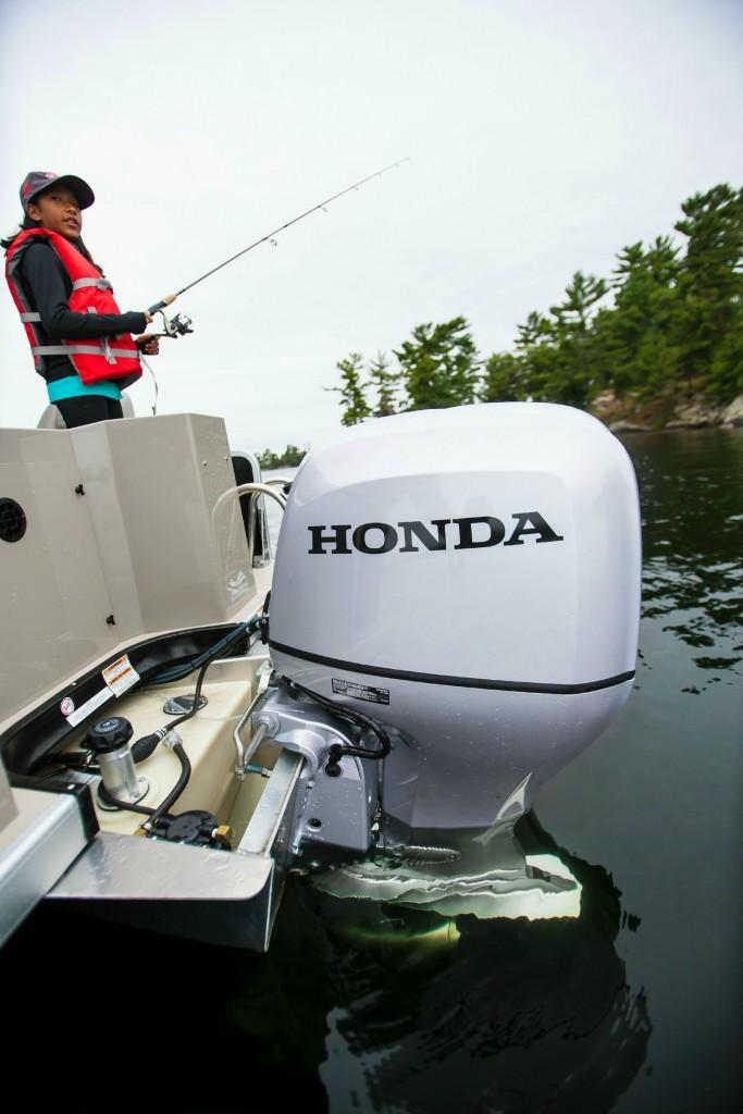 Honda Pontoon Boat-05