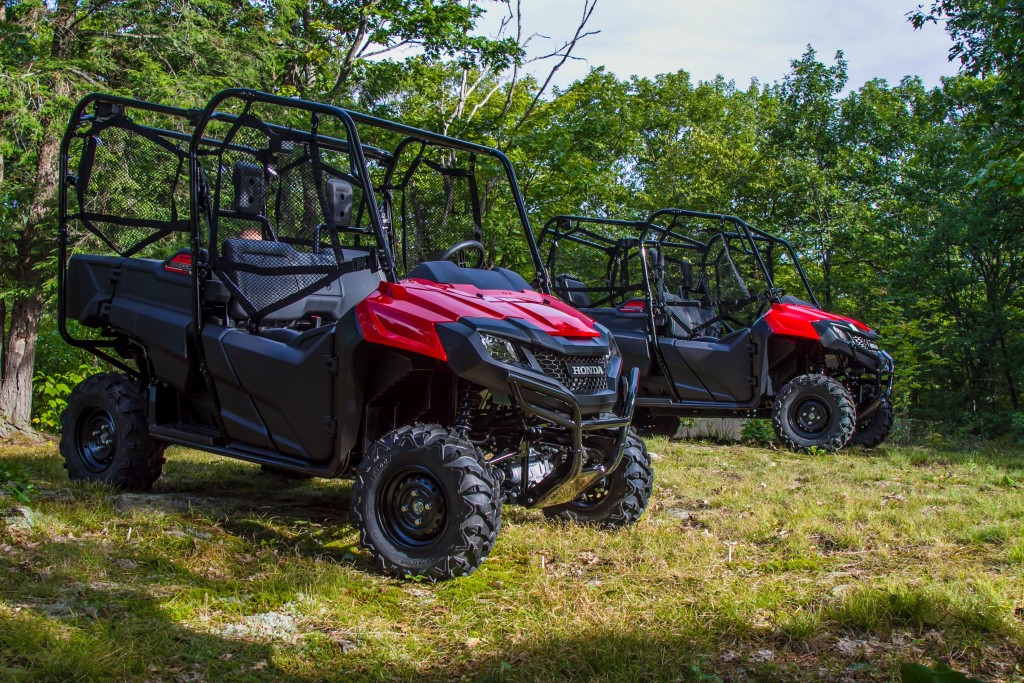 Honda Atv Side By Side >> Honda Atv And Side By Side Taking On The Trails In Muskoka