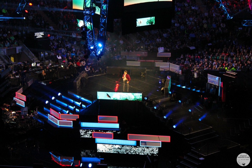 We Day Toronto 2015 Spencer West Hosting We Day