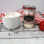 Gift Something Homemade: Make Mint Hot Chocolate for Two + FREE Printables. #NeverRunOut