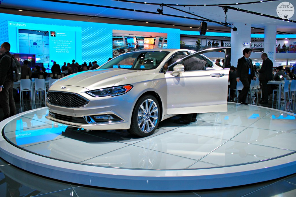 New-2017-Ford-Fusion-07
