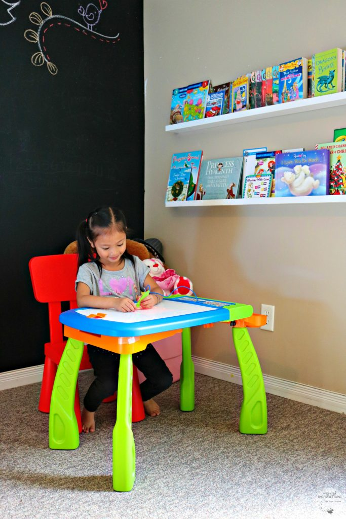 Keep Kids Minds Active with VTech's DigiArt Creative Easel All Year-Long + Giveaway!