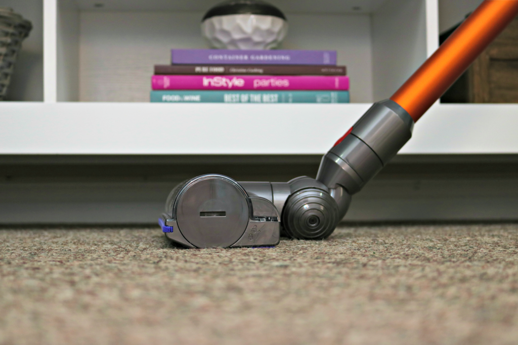 Close up of the Dyson V8 Absolute on the carpet.