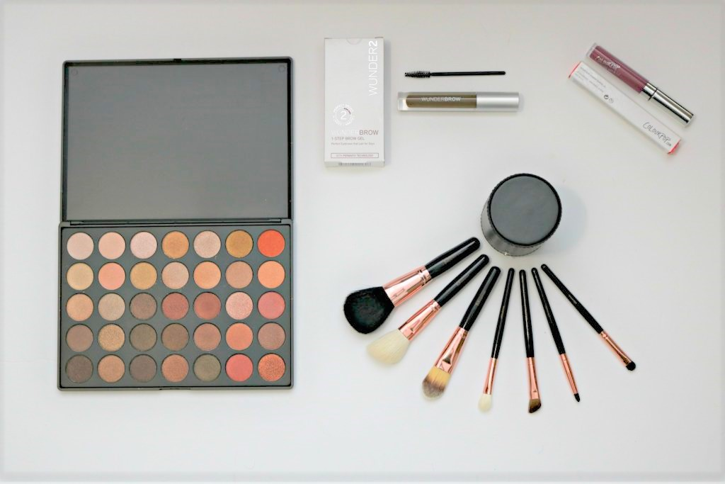 A Morphe Palette and brushes.