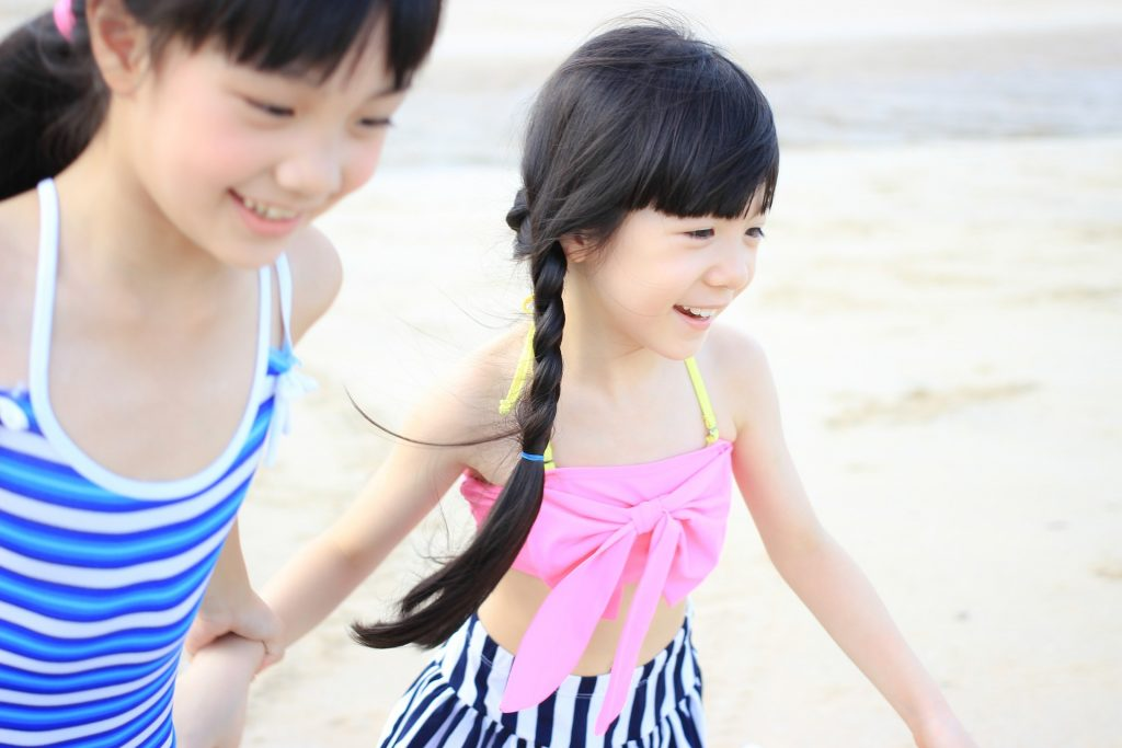 Hidden Gems to Pack for a Family Vacation! #tips