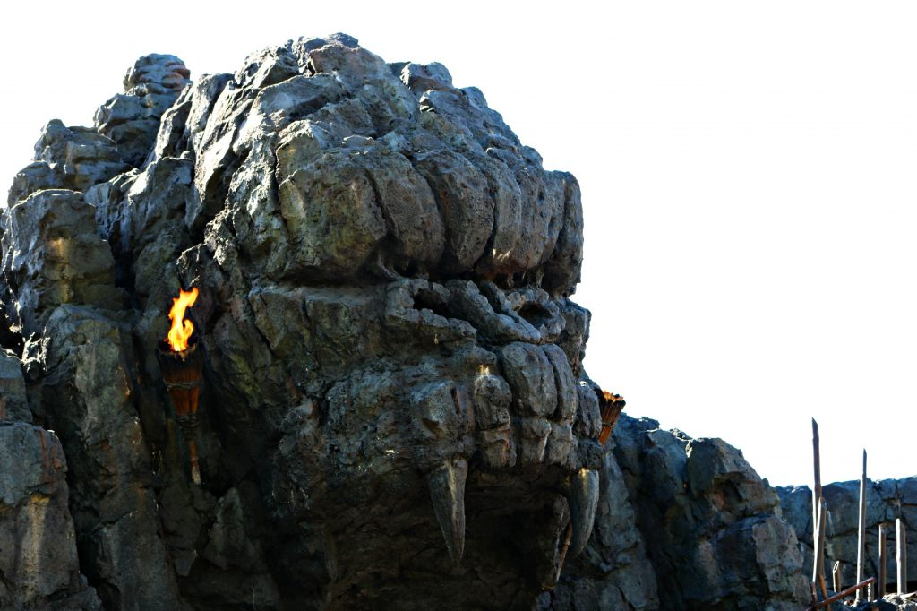 Rocks shaped like King Kong at the King Kong ride.