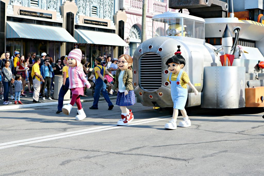 The girls from Despicable Me hip and skop through the parade.
