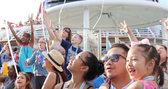 8 Things to Do at Disney's Castaway Cay! #DisneySMMC