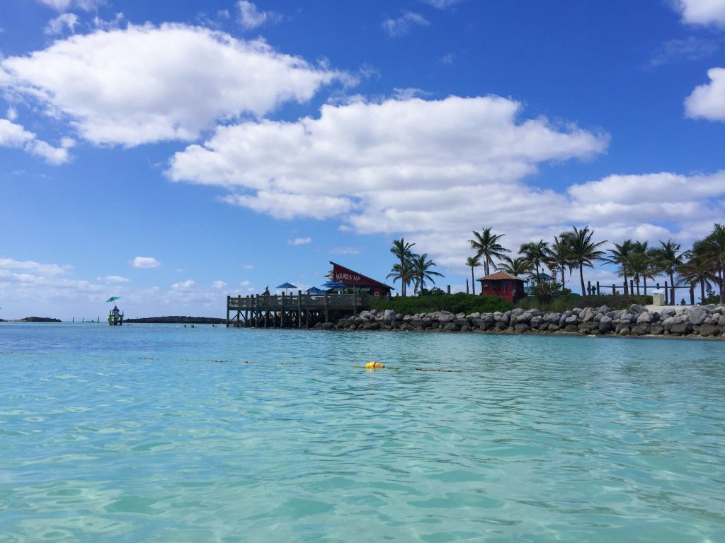 8 Things to Do at Disney's Castaway Cay! #DisneySMMC