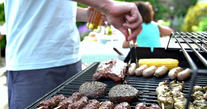 3 Ways To Make Your Summer Barbeque Sizzle