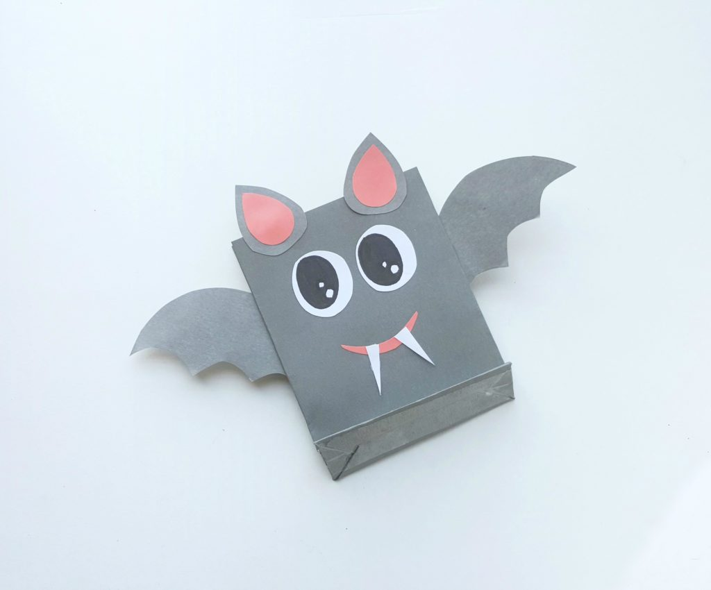 The final product showing the cutest bat treat bag.