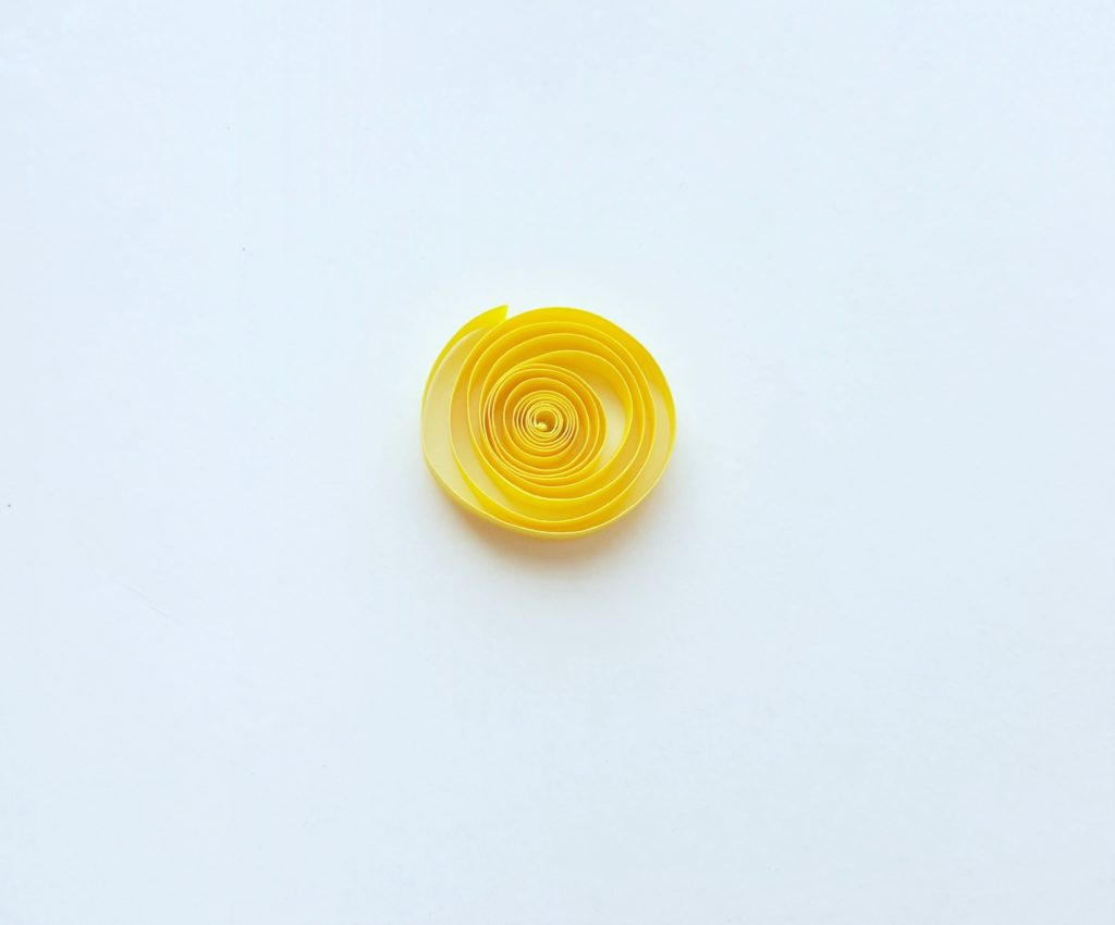 Yellow paper quilled.