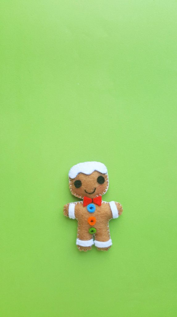 Super adorable Gingerbread Man Christmas Ornament.