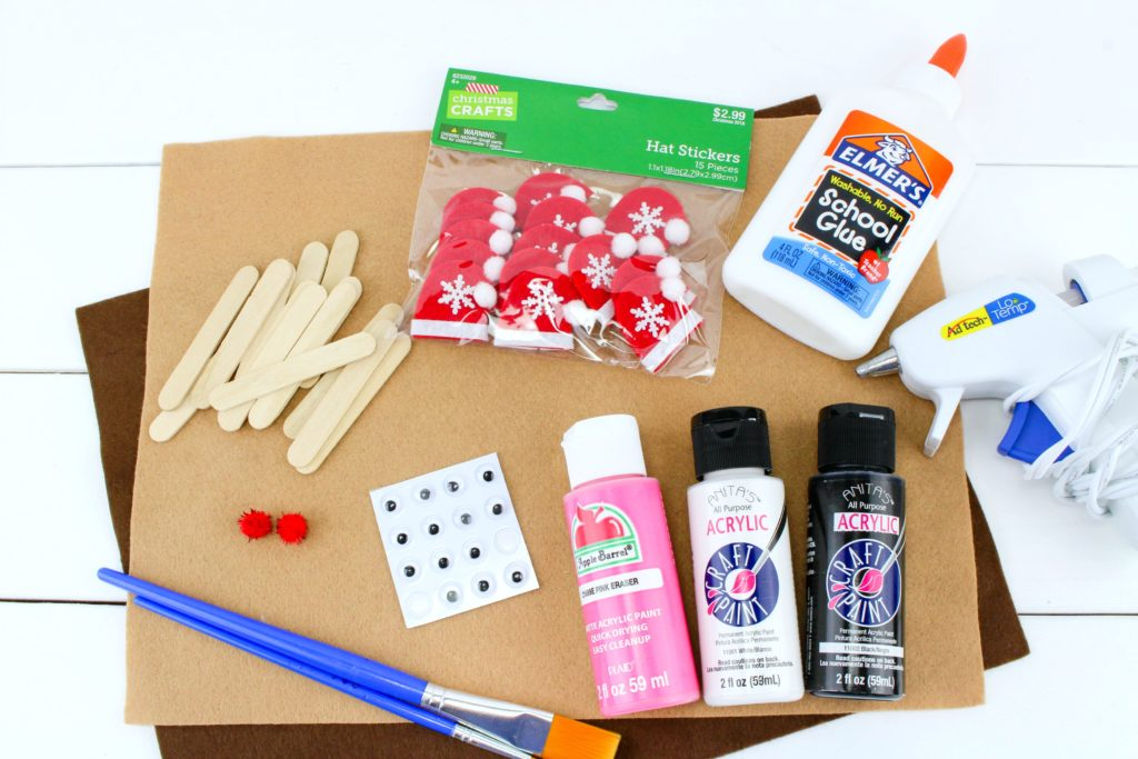 All the supplies you will need for the Santa S'mores craft.