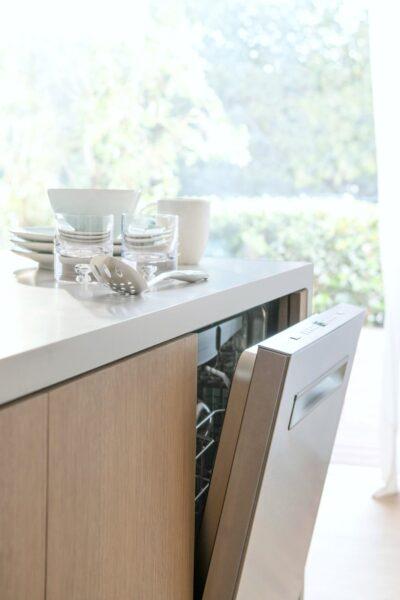 A beautiful neutral kitchen, showcasing a new Auto Air Bosch 500 Series.