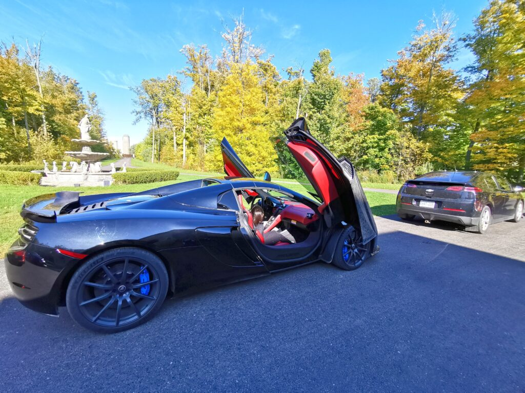 A gorgeous shot of the McLaren. Mimi sits inside the passenger seat. Gifting family members for birthdays or special occasions can sometimes be tricky. It doesn't have to be. Check out these exotic car test drives in the GTA booked through #BreakawayExperiences. #giftideas #giftsforhim #boyfriendgifts #giftsforhusband