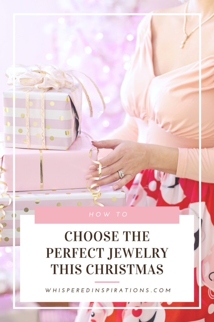 Woman holds gifts and her decollete is shown with a necklace. A banner reads, 'How to choose the perfect jewellry for Christmas.'