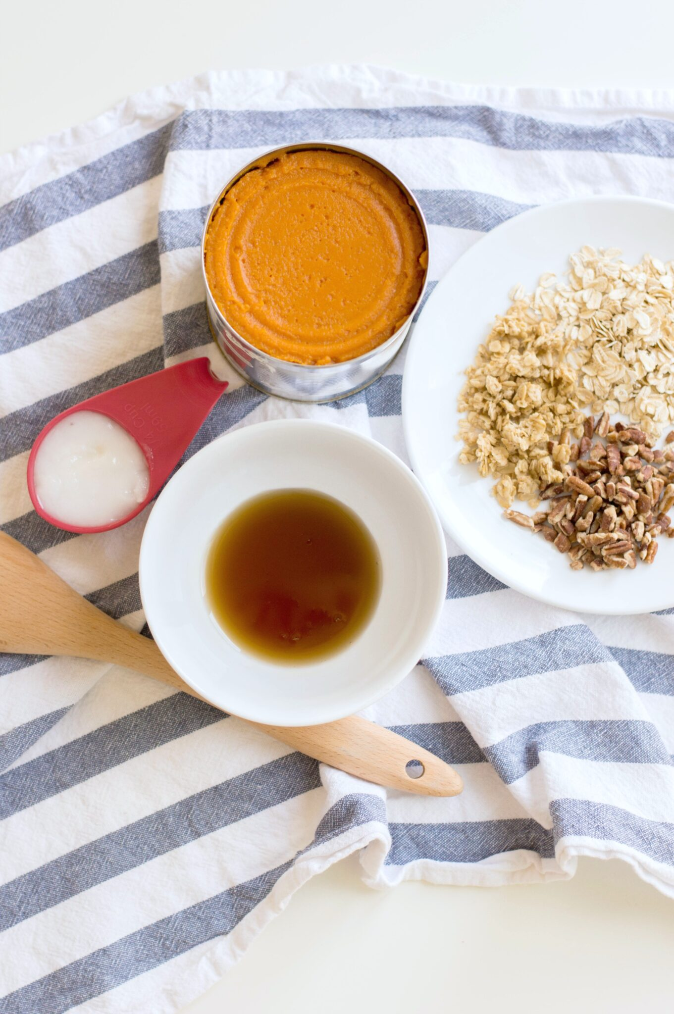The ingredients for the pumpkin maple pecan granola.